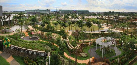 Scientia Square Park
